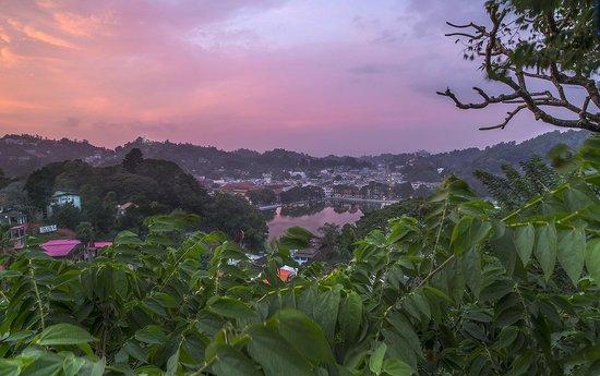 Hotel Casamara : Kandy from Arthur's Seat