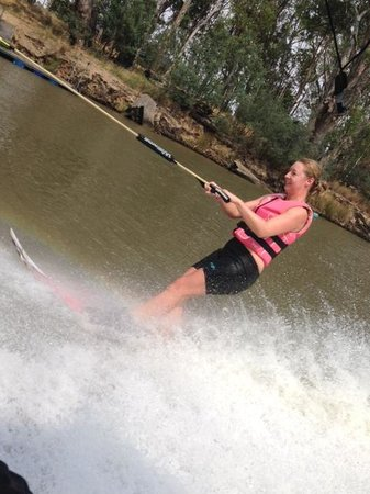 Moama, Australia: nailing it in under an hour