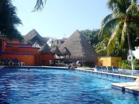 Real Playa del Carmen : The pool area