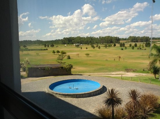 Sheraton Colonia Golf & Spa Resort : Jardín frontal