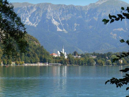 Hotel Lev Ljubljana: A view of Lake Bled