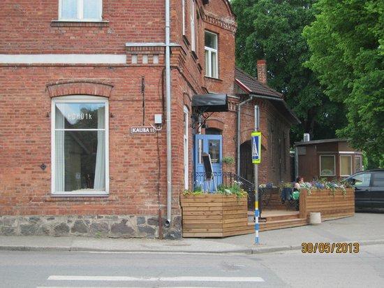 Kohvik Fellin: Entrace