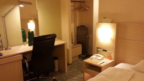 RIHGA Royal Hotel Osaka: 客室(サウス、シングル)