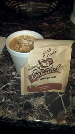 Americas Best Value Inn - Casino Center Lake Tahoe : Sorry no bowls! Use a cup for your oatmeal.