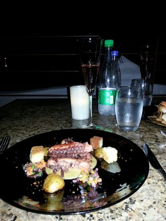 Carmen Restaurant Cartagena: Un buen pulpo como entrada...humm