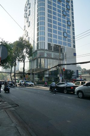 Novotel Saigon Centre Hotel: front