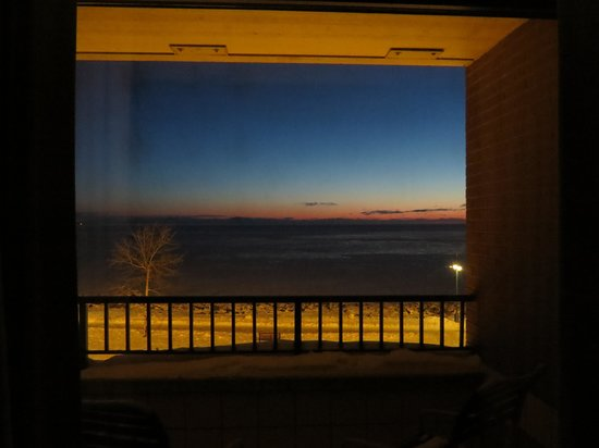 The Inn on Lake Superior: Early morning light