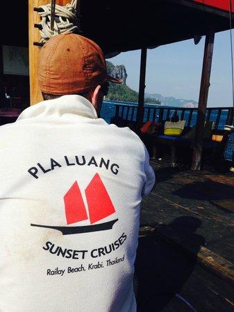 Krabi Sunset Cruises : Amazing staff