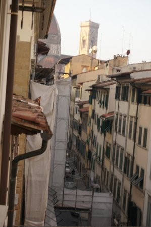Residence Hilda: You can see the Duomo at the end of the street