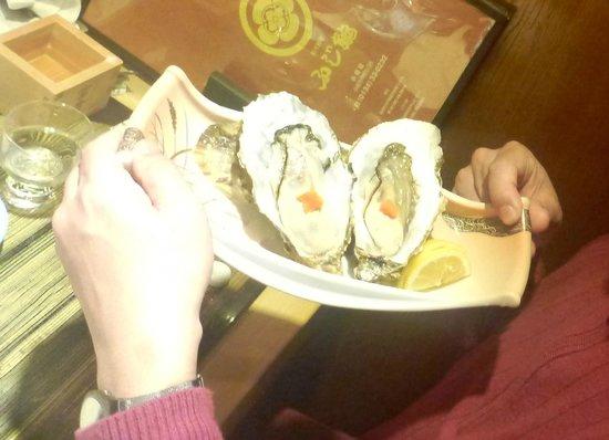 Fujizushi: raw oysters