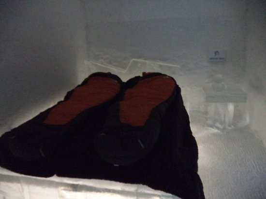 "Hôtel de Glace : A ""Standard"" Queen Size Room  with sleeping accommodations in place.  They are very cozy."