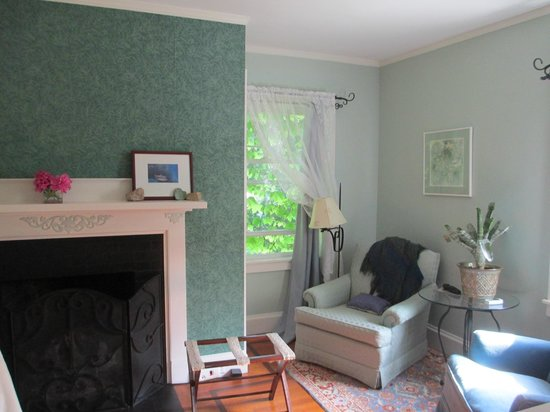 Howarth House Bed & Breakfast: North room