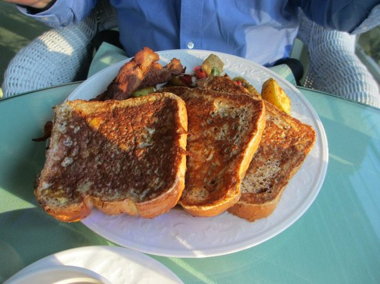 Howarth House Bed & Breakfast: If you order the french toast...