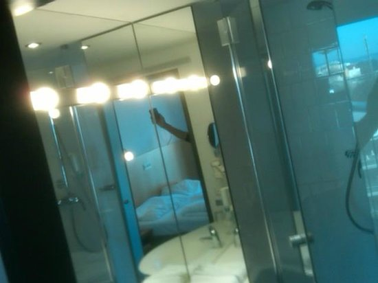 Austria Trend Hotel Messe Wien : bathroom