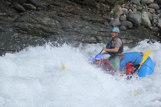 Pro Rafting Costa Rica: White water!