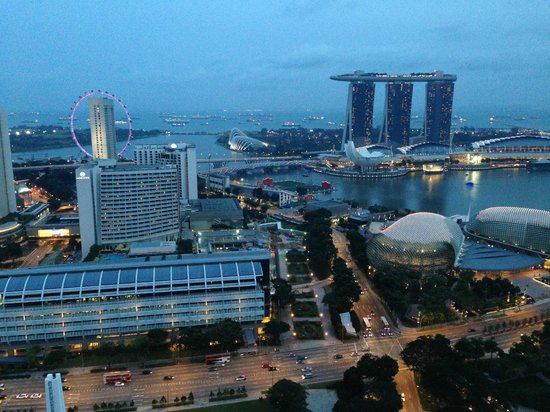 Swissotel The Stamford Singapore : 傍晚景觀
