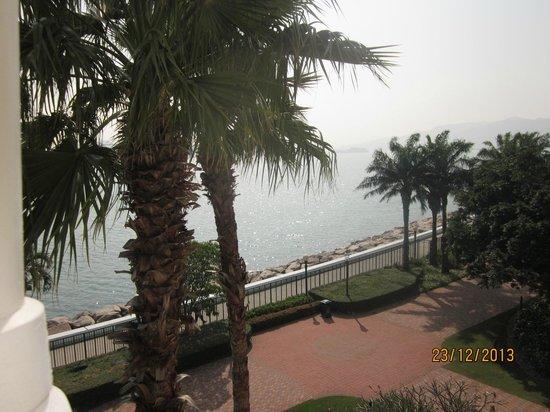 Hong Kong Disneyland Hotel : View from 5th floor seaview room