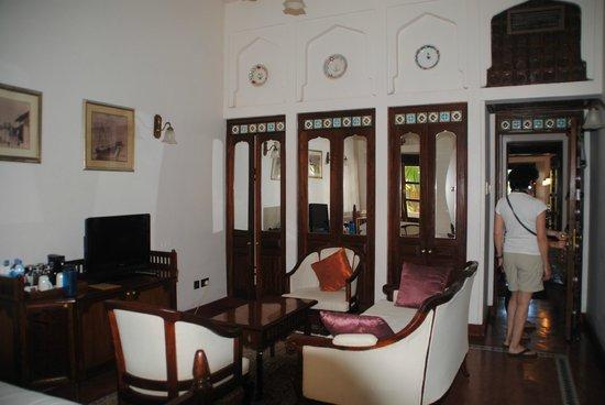 Zanzibar Serena Hotel: closet in living room of suite