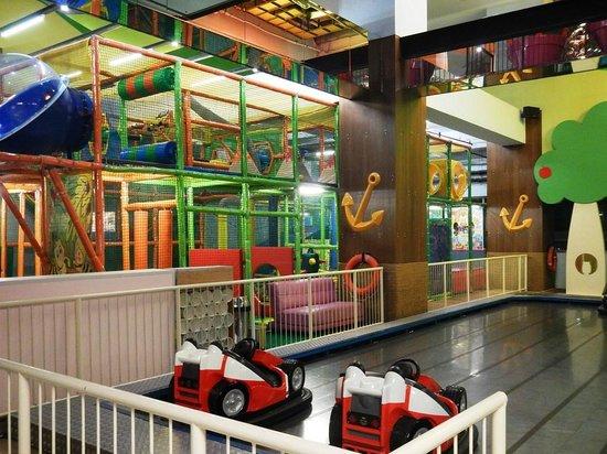 Grand Indonesia Mall: Carniville