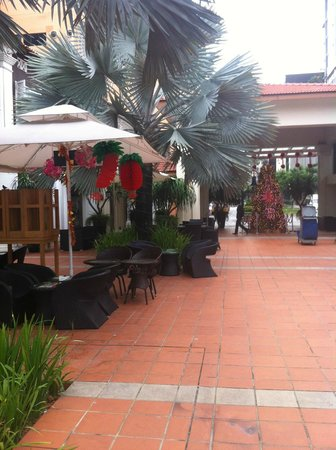 """Village Hotel Albert Court by Far East Hospitality: The courtyard was like an oasis to come """"home"""" to :)"""