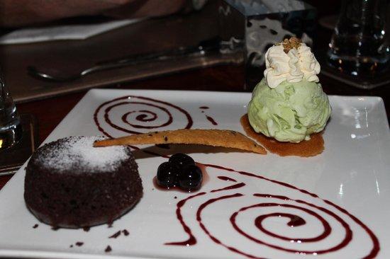 Plum Prime Steakhouse: chocolate lava cake