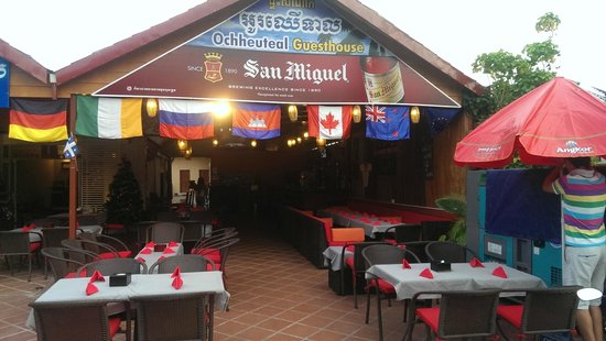 Ochheuteal Guesthouse: Ресторан Smoke&Pepper при отеле