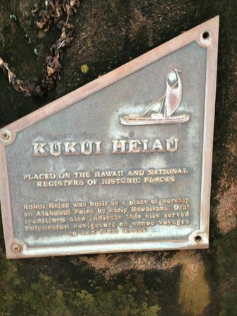 Kapaa Sands: There is a sacred heiau nearby