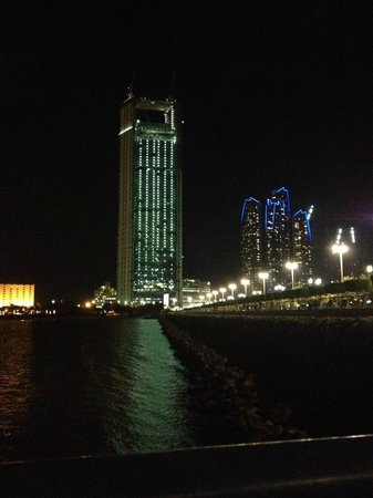 Le Boulanger Cafe : Amazing view of the Corniche