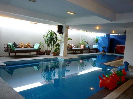 The Siem Reap Hostel: indoor pool