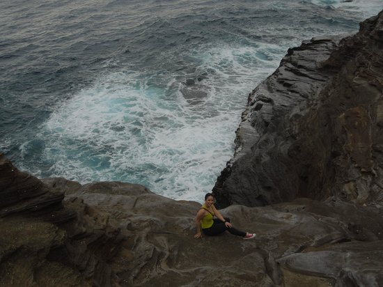 Spitting Cave of Portlock : Hello there!