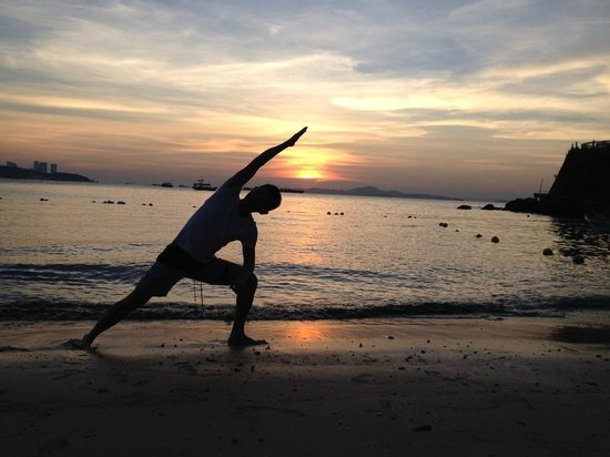 Dusit Thani Pattaya : Yoga pose