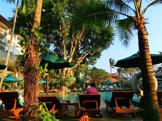 Anantara Riverside Bangkok Resort: Pool