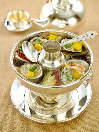 Jihwaja : Royal Seafood Casserole