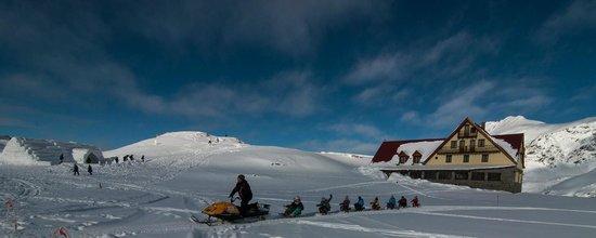 Ice Hotel Romania: Winterfreude