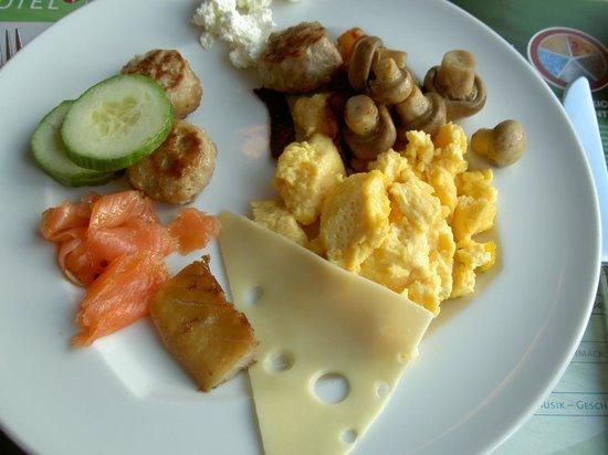 ARCOTEL Rubin: Завтрак.