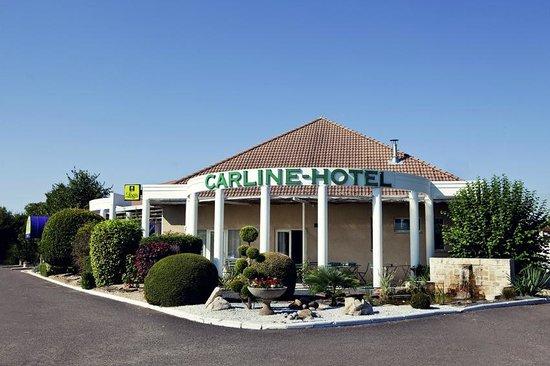 Carline Hotel : entrée de l'hôtel