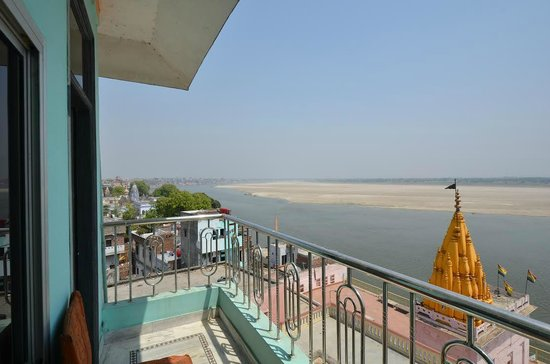 PG On Ganges Hotel