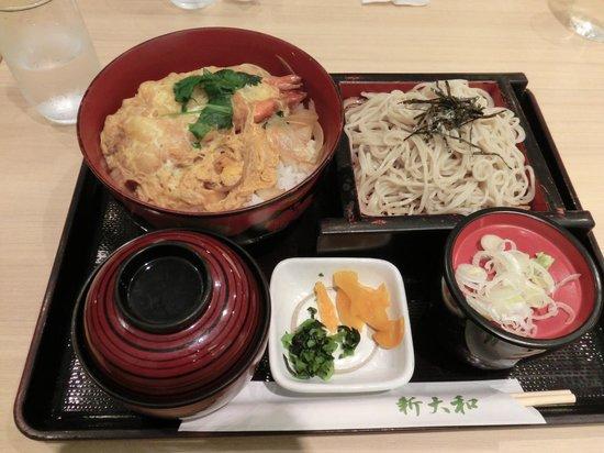 Shinyamato: お蕎麦と海老天丼セット