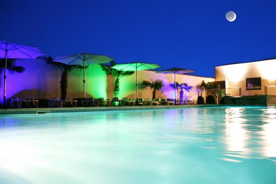 Hotel Le Capricorne : Piscine