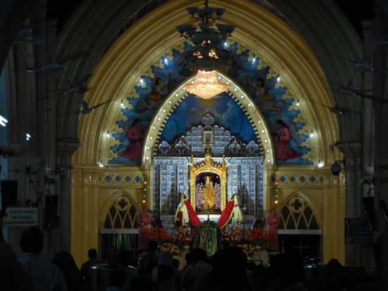 Velankanni, Indien: inside of church