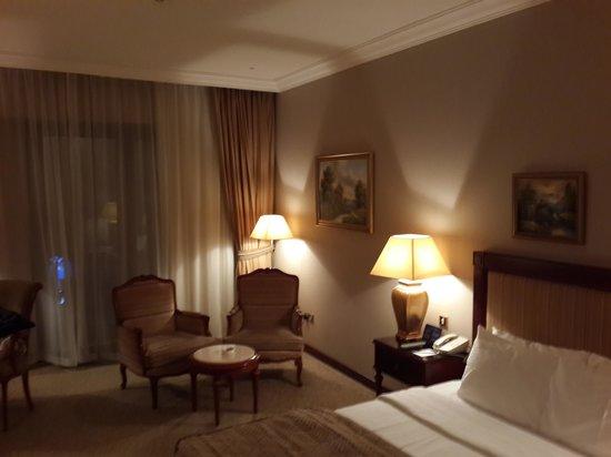 فندق رويال آسكوت: Spacious and Luxurious Room