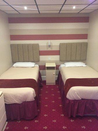 Doric Hotel: Lovely room