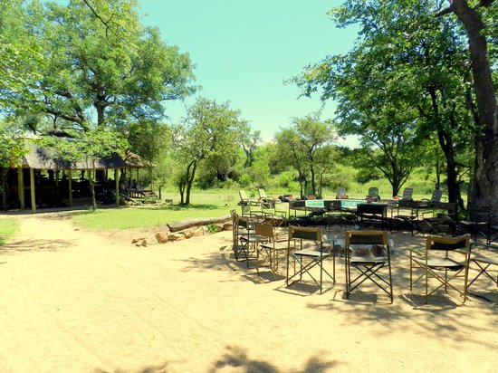 Shindzela Tented Camp: View of Boma, Pool and main area
