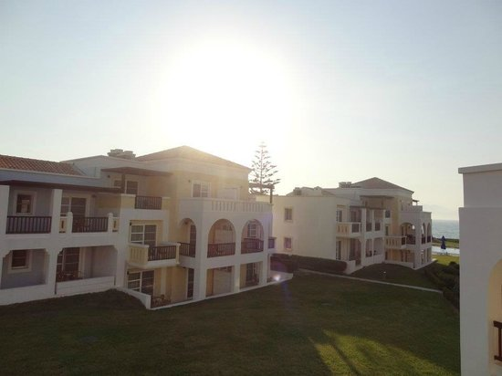 Neptune Hotels - Resort, Convention Centre & Spa: Chambre