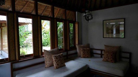 Tandjung Sari : きもちよいコットンファブリックのソファー