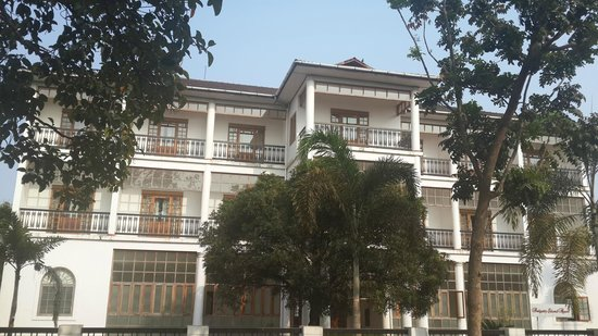 Bolgatty Palace & Island Resort: Front View of Marina Rooms