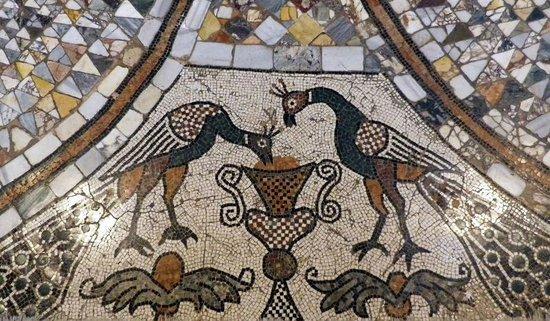 Duomo di Murano Santi Maria e Donato: Two peacocks drinking from the cup of life