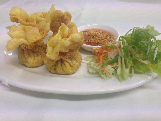 Thai tamarind: Golden bags