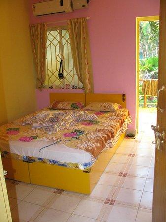 Wavelet Beach Resort: The room