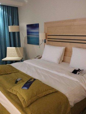 Radisson Blu Hotel, Hamburg Airport: Clean and spacious